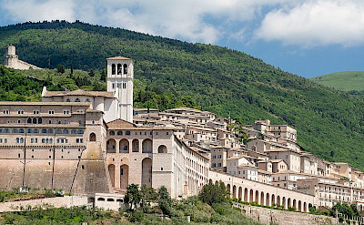 Papal Basilica of Saint Francis of Assisi in Umbria, Italy. CC:Peter K Burian