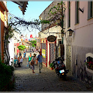 Evening stroll in Szentendre, Hungary. Photo via Flickr:Jose A.