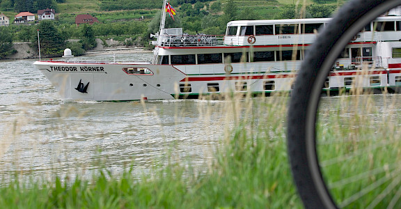 Theodor Körner | Bike & Boat Tours