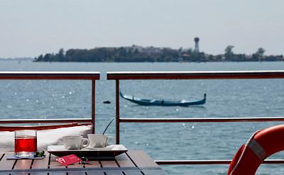 Gondola in Venice | Ave Maria | Bike & Boat Tour