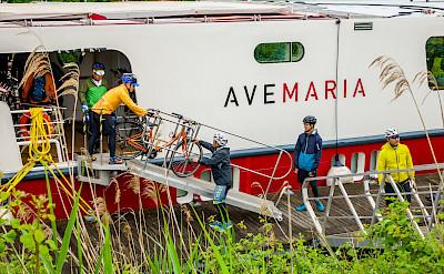 Disembarking | Ave Maria | Bike & Boat Tour