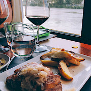 Dining with Wine | L'Estello | Bike & Boat Tours