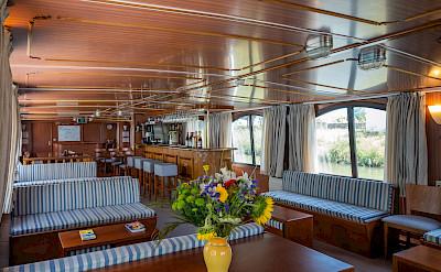 Lounge | L'Estello | Bike & Boat Tours