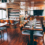Dining Room | L'Estello | Bike & Boat Tours