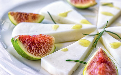 Figs, cheese & honey on Hvar Island in Croatia. Flickr:Arnie Papp