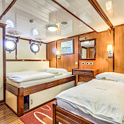 Triple cabin - Princess Diana - Bike & Boat Tours