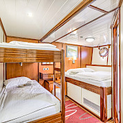 Quad cabin - Princess Diana - Bike & Boat Tours