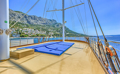 Sun deck - Princess Diana - Bike & Boat Tours