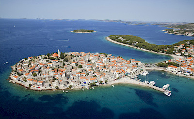 Many islands along the Dalmatian Coast in Croatia. Photo via Flickr:Hotel Zora Primosten