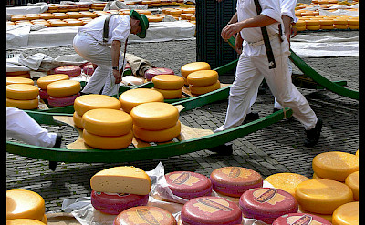"""Kaasmarkt"" in Edam, Holland. Photo via Flickr:Manuel"