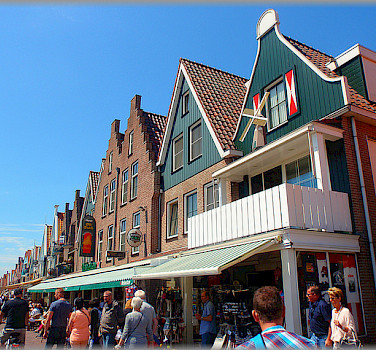Bike rest in Volendam, North Holland. Photo via Flickr:Jose A.
