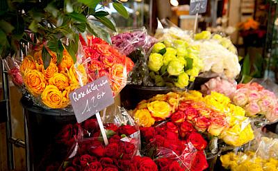 Flowers in Paris - photo via Flickr:Daxis