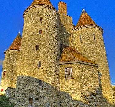 Nemours - Le Chateau - photo via Flickr:@lain G