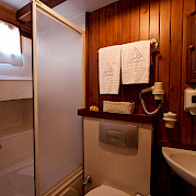 Bathroom on Deriya Deniz | Bike & Boat Tours