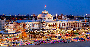 Kurhaus at the popular beach resort of Scheveningen, the Netherlands. Photo via Flickr:Christopher A Dominic