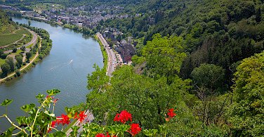View from Reichsburg Castle in Cochem, Germany. Photo via Flickr:Random fotos