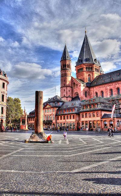 Mainz' famous Cathedral, Hohe Domkirche, Germany. Flickr:Polybert49