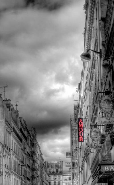Amour in Paris, France. Flickr:alainlm