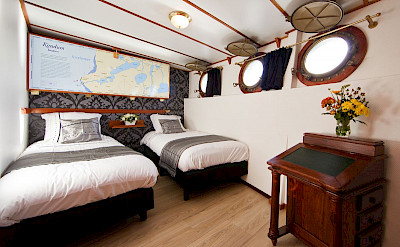 The Premium twins cabin - Magnifique | Bike & Boat Tours