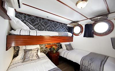 triple cabin - Magnifique | Bike & Boat Tours
