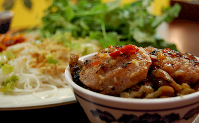 Bun cha Hanoi - Hanoi style vermicelli with pork! Photo via Flickr:stu_spivack