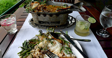 Typical Cambodian food of fresh fish and vegies. Photo via Flickr:aseiff