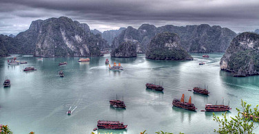 Ha Long Bay, Vietnam. Photo via Flickr:guido da rozze