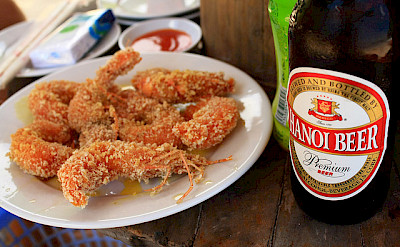 Shrimp with Hanoi beer in Vietnam! Photo via Flickr:Bruno