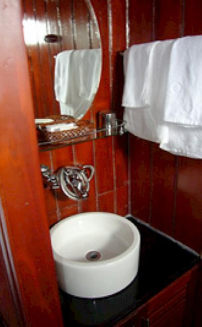 Bathroom - Funan Cruise | Bike & Boat Tours
