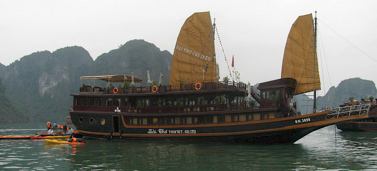 Vietnamese Junks | Bike & Boat Tours