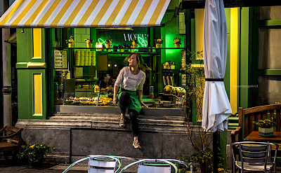 Evening snack in Antwerp, Belgium. Flickr:Leonardo Angelini