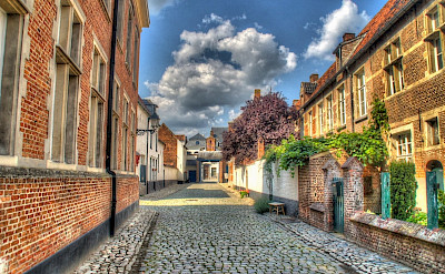 Begijnhof in Lier, province Antwerp in Belgium. CC:Tavernsenses