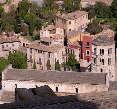 Take a bike tour in Girona, Spain. Photo via Flickr:122