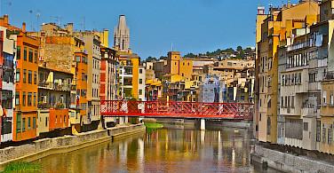 Cycle Girona! Photo via Flickr:borkur.net