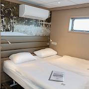 Lower deck double cabin | De Holland | Bike & Boat Tours