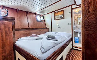 Double Cabin | Andela Lora - Croatia Bike Boat Tours
