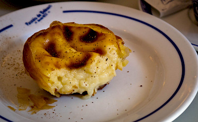 Pastel de belem are a Portuguese favorite. Flickr:Jennifer Wu