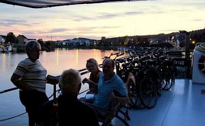 Sun deck - La Belle Fleur | Bike & Boat Tours