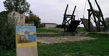 Van Gogh Bridge in Arles. Photo via Flickr:uzi yachin