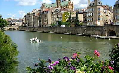 Metz along the Moselle River in France. Flickr:CD Photographie