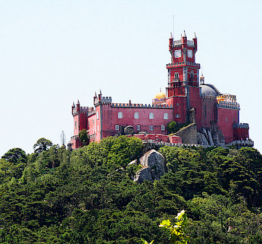 Castelo da Pena in Sintra, Portugal. Photo via Flickr: José Carlos Cortizo Pérez