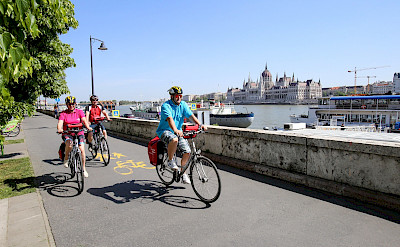 Biking along the Danube River in Budapest, Hungary. ©TO