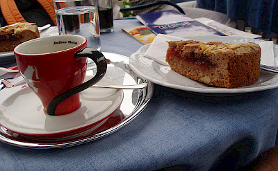 'Linzertorte with Kaffee' in Linz, Austria. Flickr:MuntyPix