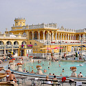 Széchenyi thermal baths in Budapest, Hungary. Creative Commons:Marc Ryckaert / Naamsvermelding vereist