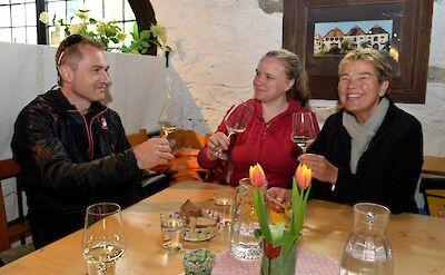 Wine tasting along the Danube River Bike & Boat tour! ©TO