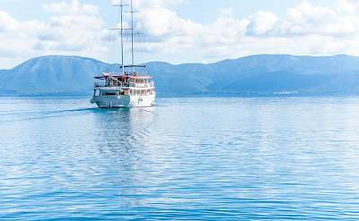 Harmonia sailing the Adriatic | Bike & Boat Tours