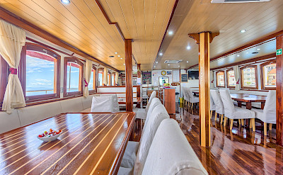 Dining Room on Harmonia | Bike & Boat Tours