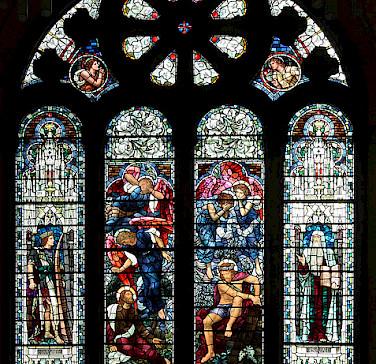 Alyth Parish Church stained-glass window. Photo via Flickr:shandchem