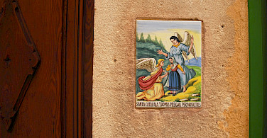 Plaque on the wall in Valdemossa