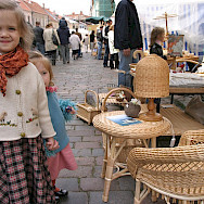 Street vendors in Kaunas, Lithuania. Photo via Flickr:Lee Fenner